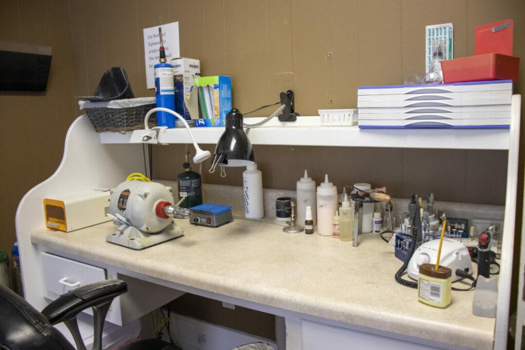 economy-dentures-implants-griffin-ga-lab-003
